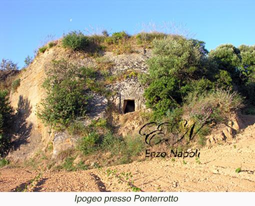 Ipogeo presso Ponterrotto (1)